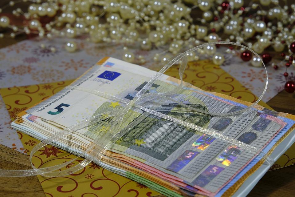 eura s mašlí