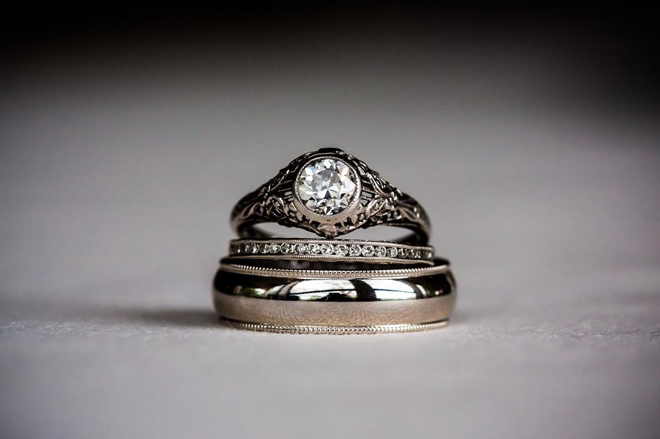 zásnubní_prsten